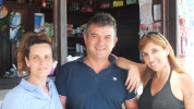 "Roberta (links) und Pier Paolo Pisana betreiben am Lido di Orri in Tortoli die ""Chiosco Bar""."
